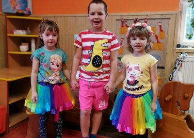 Děti v barvách